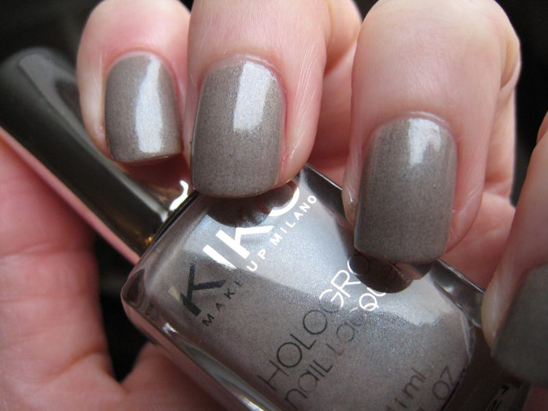 Préférence Vernis Hologram Infinite Taupe de Kiko (collection Light Impulse  MV61