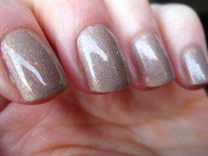 Les essais manucure : le frankenpolish dans beige IMG_2084-300x225