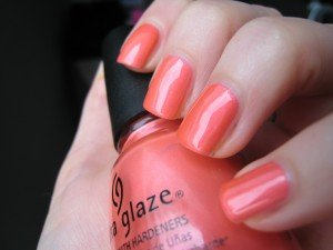 Thanks To! #2 Mychihuahuabites (with Flirty Tankini) dans china glaze IMG_3442-300x225