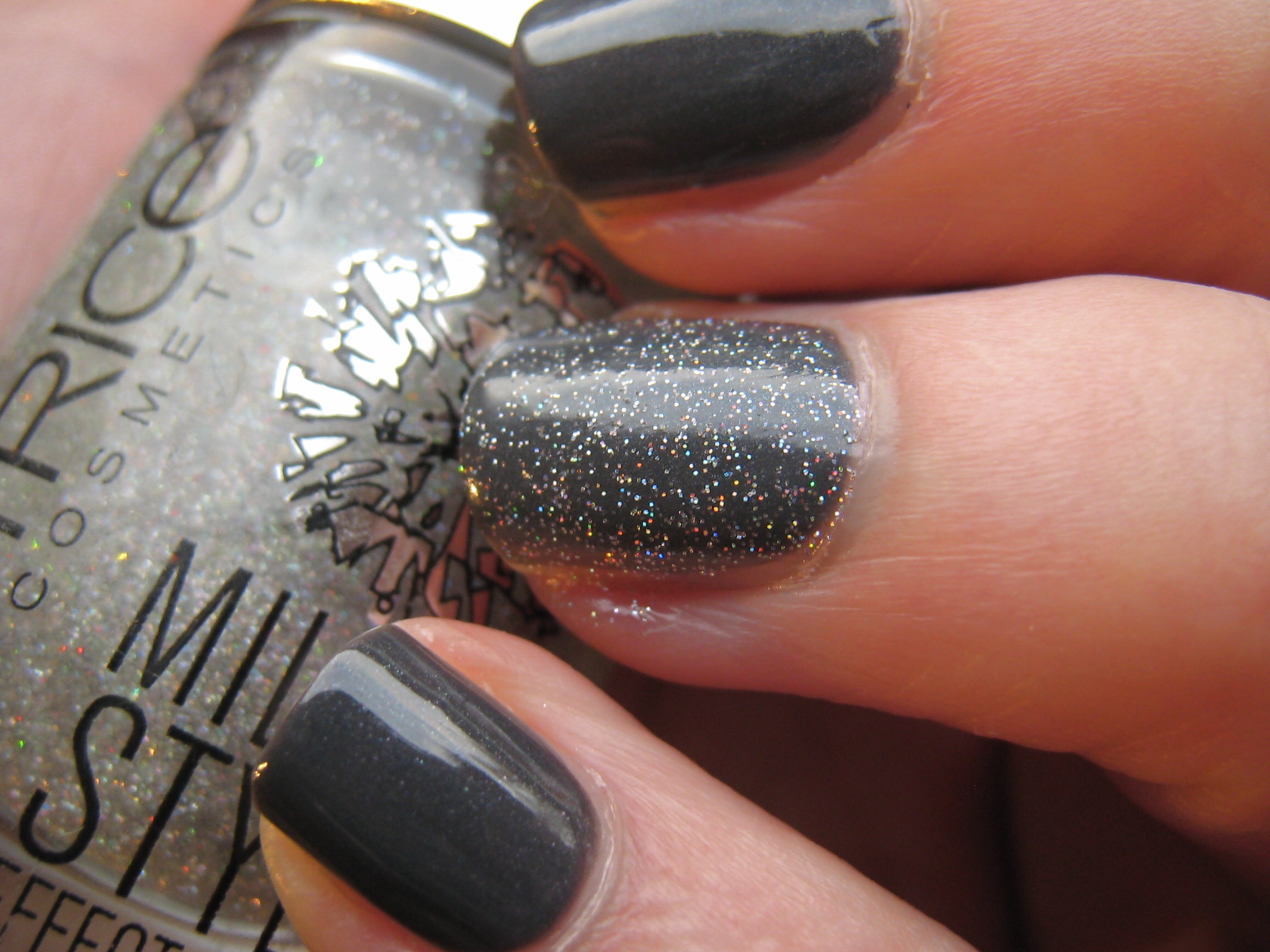 Ongles gris paillet - Ongle gel gris ...